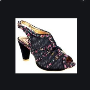 NWOT Irregular Choice Mutiny 7.5 black tweed heels